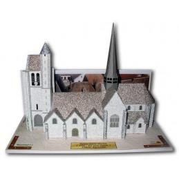 Vue principale Eglise Saint-Martin à Egreville (77)
