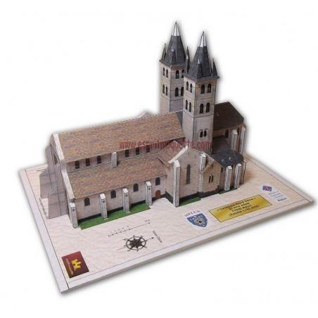 Vue générale Collégiale Notre Dame de Melun (77)